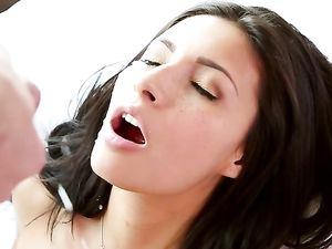 Wet Pussy Teen Girlfriend Needs His Big Cock Inside Her