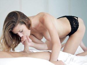 Black Lace Panties Babe Gives A Teen Blowjob