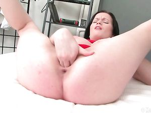 Pretty Girl Pumping Big Toys Into Her Slippery Pussy