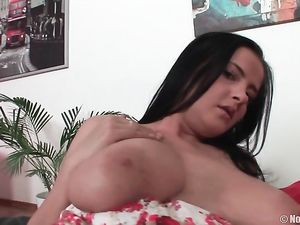 Natural DD Cups On The Curvy Anal Slut