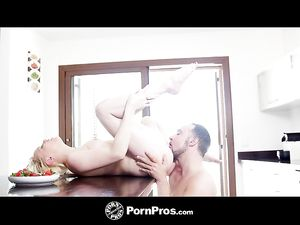 Deepthroating Lola Taylor Wants His Cock In Every Hole