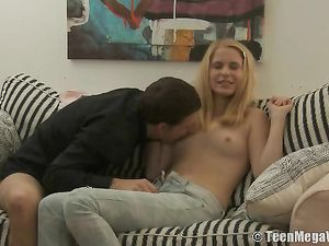 Jeans Sex With The Horny Blonde Cocksucker