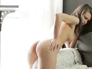 Cute Solo Masturbating Teen Babe Will Make You Hard