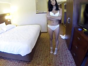 Young Escort Sucks A Dick And Spreads For Hard Fucking