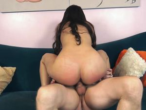 Throbbing Dong For A Brunette Princess' Pussy