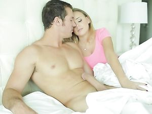 Big Cumshot In Her Eager Mouth To Start His Morning