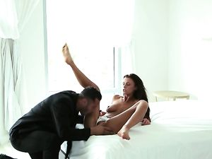 Tall Skinny Pornstar Makes Love To A Nice Big Cock