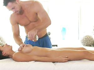 Massage Foreplay Drives A Couple Wild For Hot Sex - NineTeenTube.com
